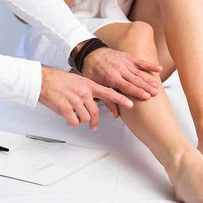 Склеротерапия и консультация врача-флеболога доступны для вас в нашем КДЦ