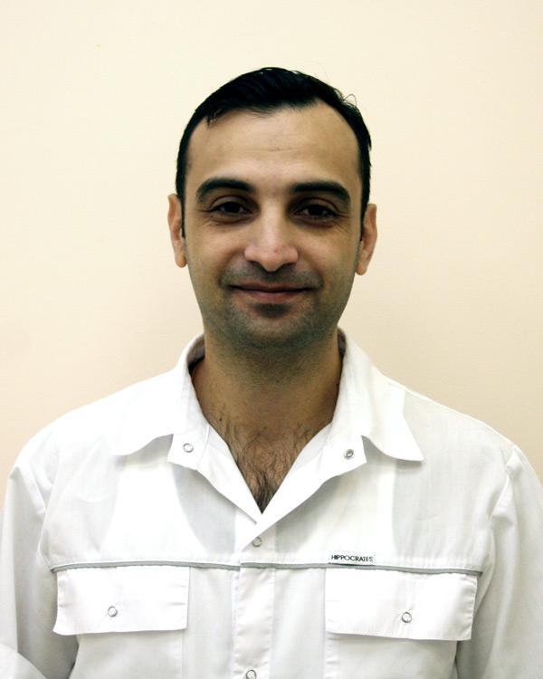 Салех Хоссам
